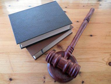 Gesetz Vorschriften